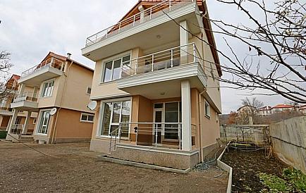 купить дом в болгарии у моря недорого