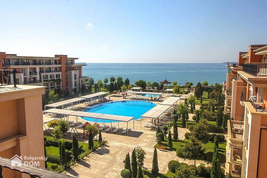 Четырехкомнатная квартира в испании у моря недвижимость у моря италия