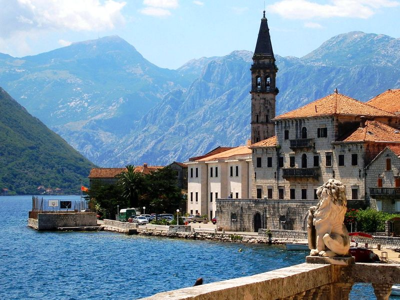 Куплю квартиру у моря черногория