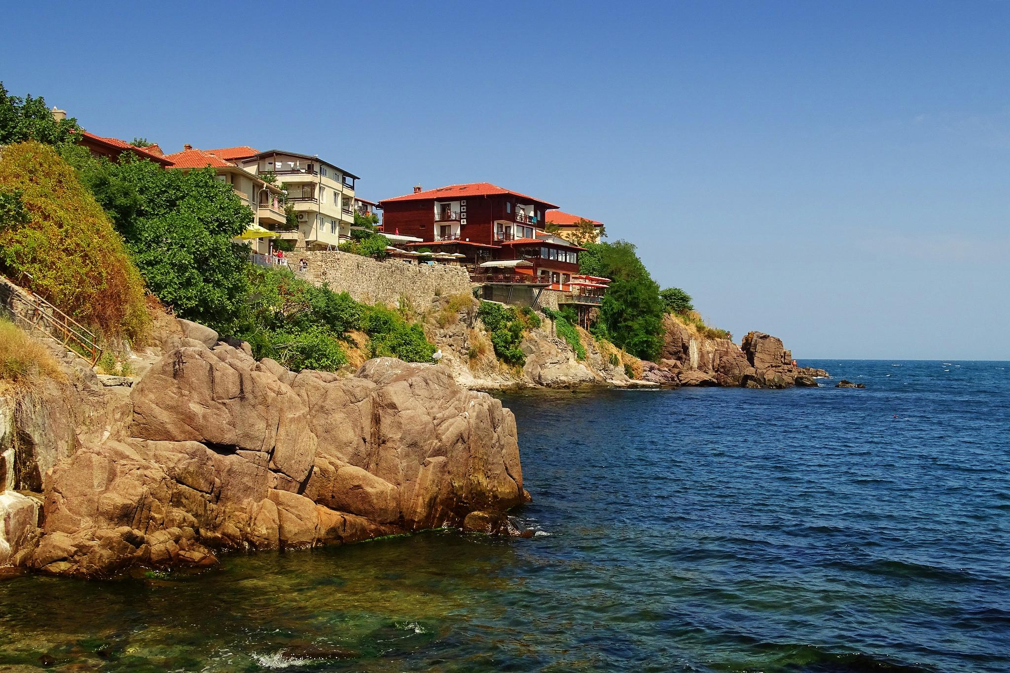 Где покупать недвижимость в болгарии дома на северном кипре купить недорого